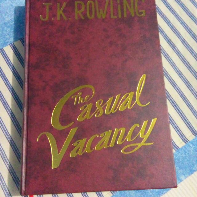 NOVEL  J.K ROWLING Casual Vacancy (Perebutan Kursi Kosong)