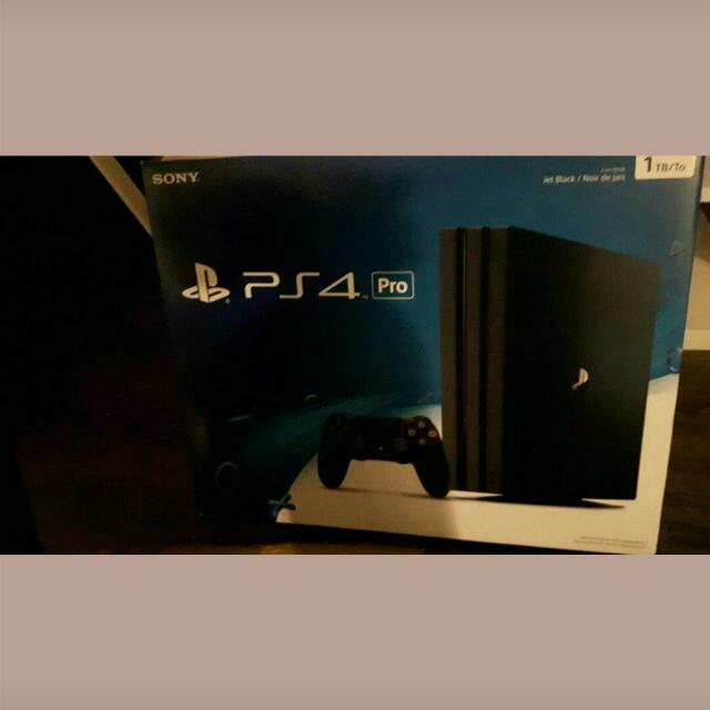 PS4 Pro 1TB COD Infinite Warfare Black | New