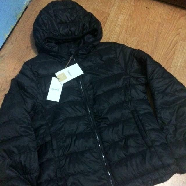 PULL & BEAR Ultra Light Down Jacket (Bulu Angsa)