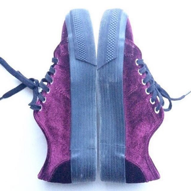 PULL AND BEAR MAROON SHOES