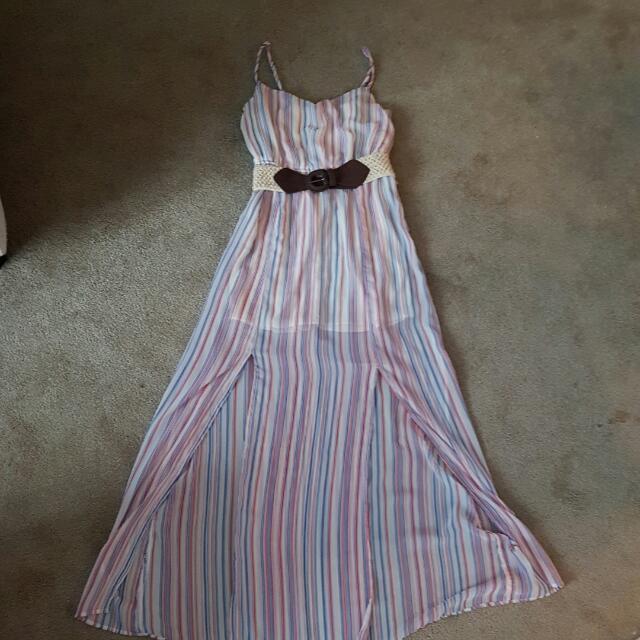 Small. Guess Maxi Long Dress.