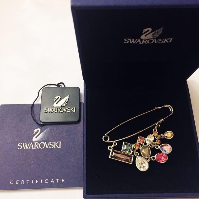 Swarovski Brooch (斯華洛水晶胸針)