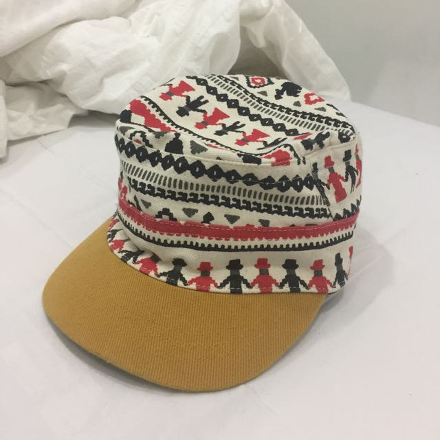 Topi Bergambar