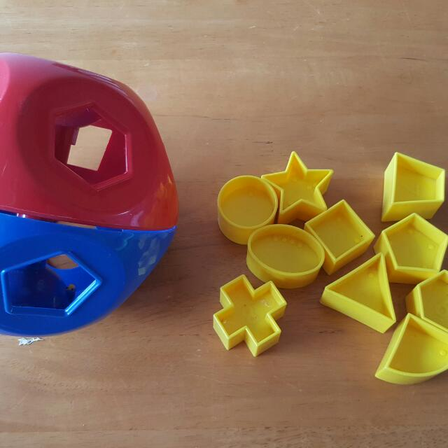 Tupperware Shape O