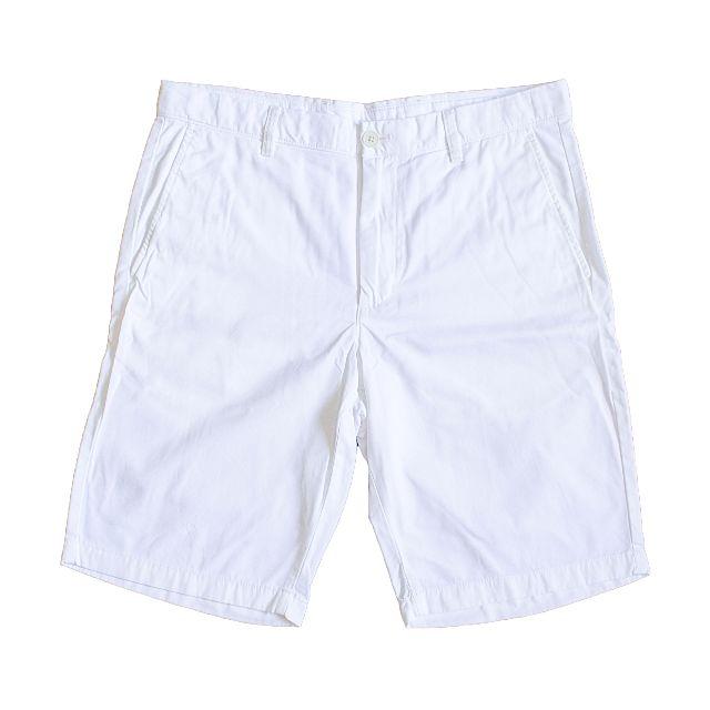 uniqlo white shorts