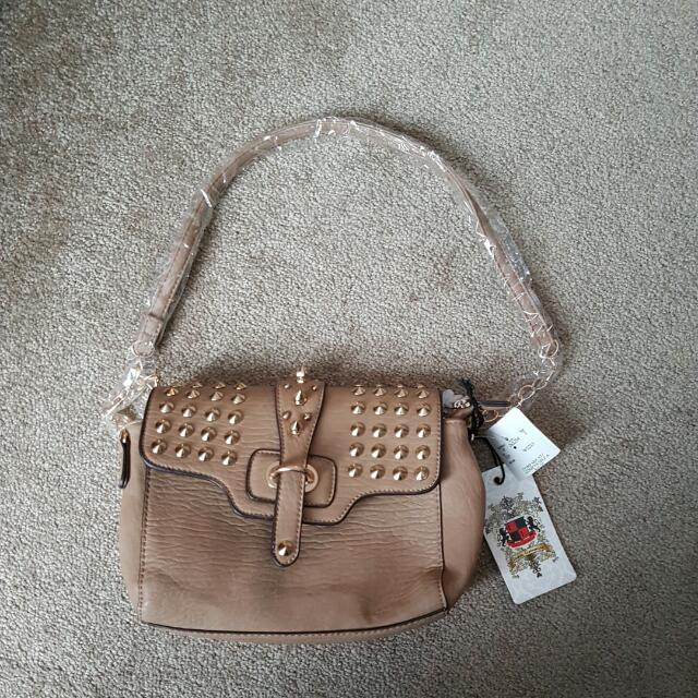 Urban Expressions Neutral Color Purse. Brand New
