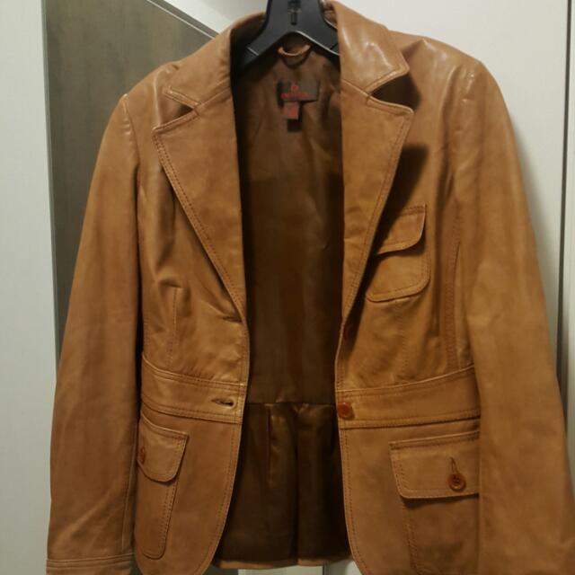 Vintage Feel Danier Leather Jacket
