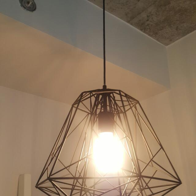 Wire Frame Ceiling Light With Bulb