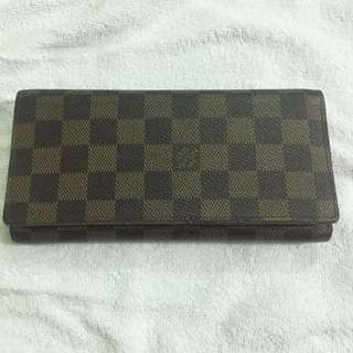 Lv Wallet not ori