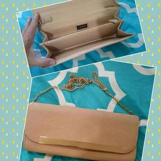 Gorgeous Beige And Gold Detailed COLLETTE Clutch. Brandnew $15 Firm