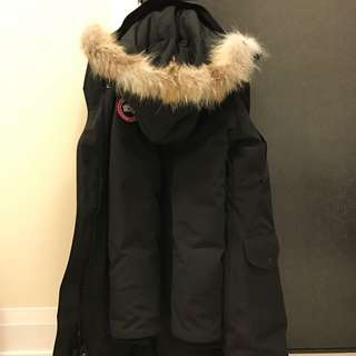 Canada Goose Trillium Parka ( Excellent Condition)