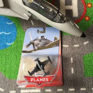 Disney Planes Jolly Wrenches Dusty Crophopper