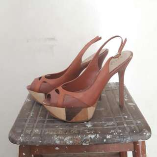 Pedro Brown Heels