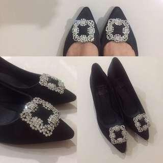 Sepatu Hitam (model manolo)