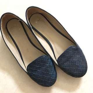 Sepatu Bottega Look Alike