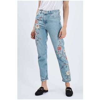 Embroidered Delusa Denim Jeans