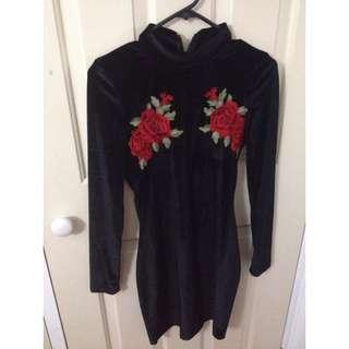 Rose Detail Black Velvet Bodycon Dress