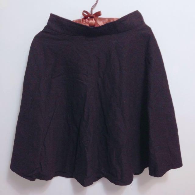 黑色及膝裙 圓裙 中長裙