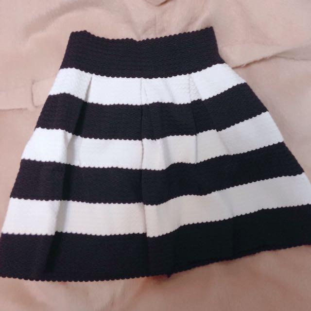 韓國帶回 A字裙 百摺短裙 黑白條紋