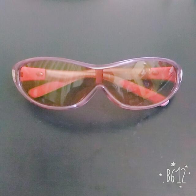 【全新】正版 Hello Kitty 抗UV太陽眼鏡 兒童太陽眼鏡 粉紅 附掛袋