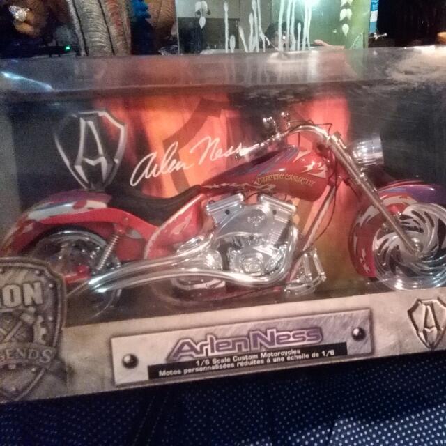 Arlen Ness Motor Bike