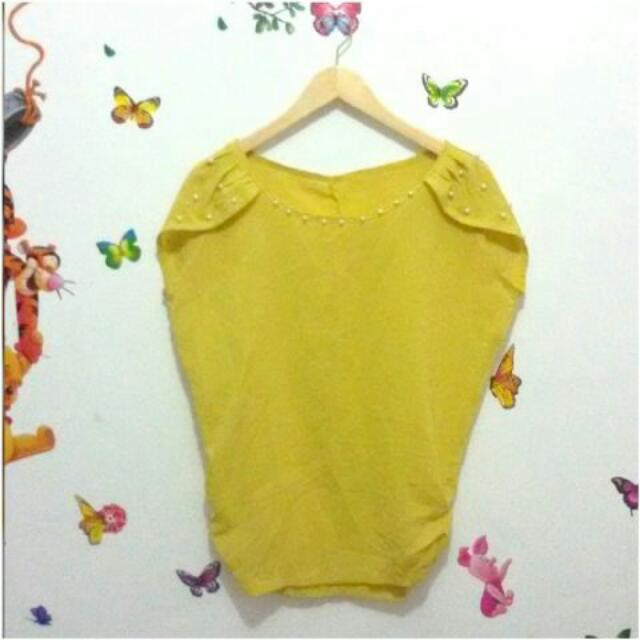 Atasan Wanita Polos Baju Blouse Kuning Mutiara