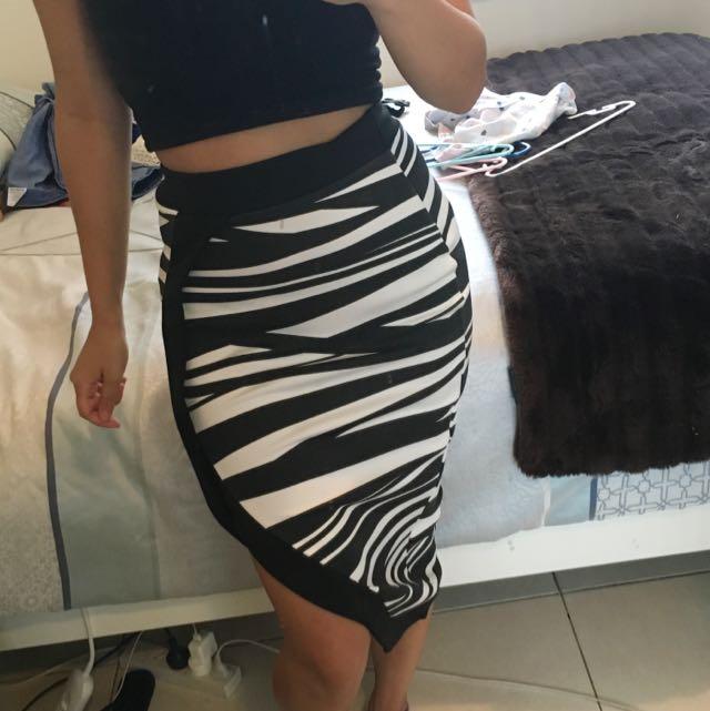 Boohoo Slit Zebra Skirt