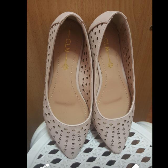 CLN Pink Perforated Flats