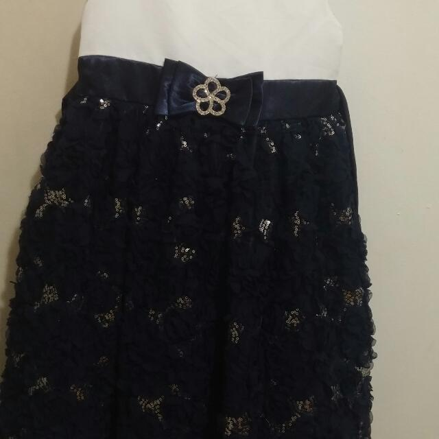 EUC little girl's navy blue & Ivory w/silver floral, lace dress