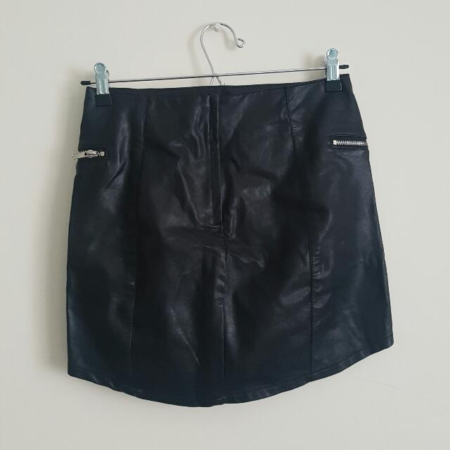 Faux Leather Skirt With Zipper Detail