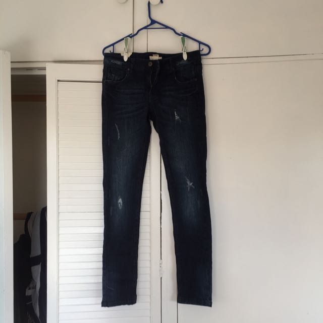Forever 21 Distressed Dark Blue Skinny Jeans