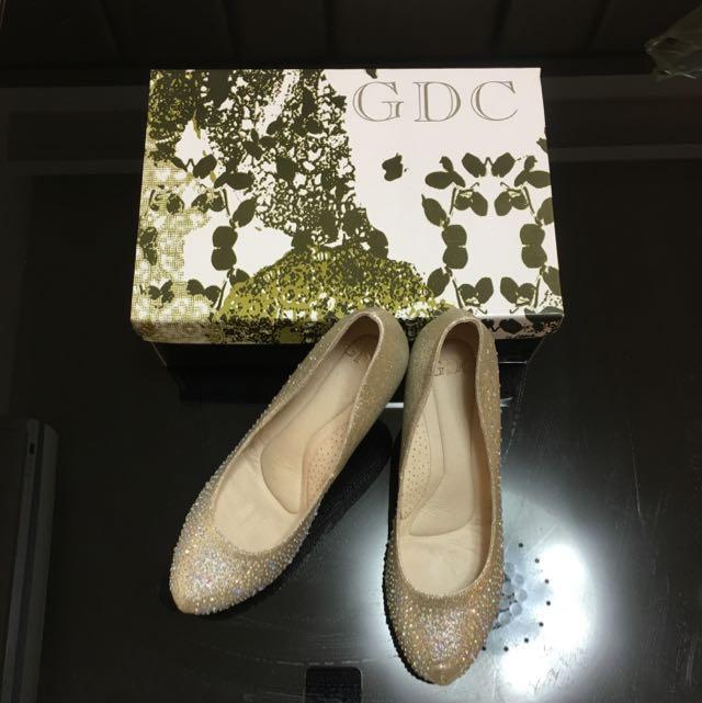 GDC專櫃女鞋 金色亮鑽