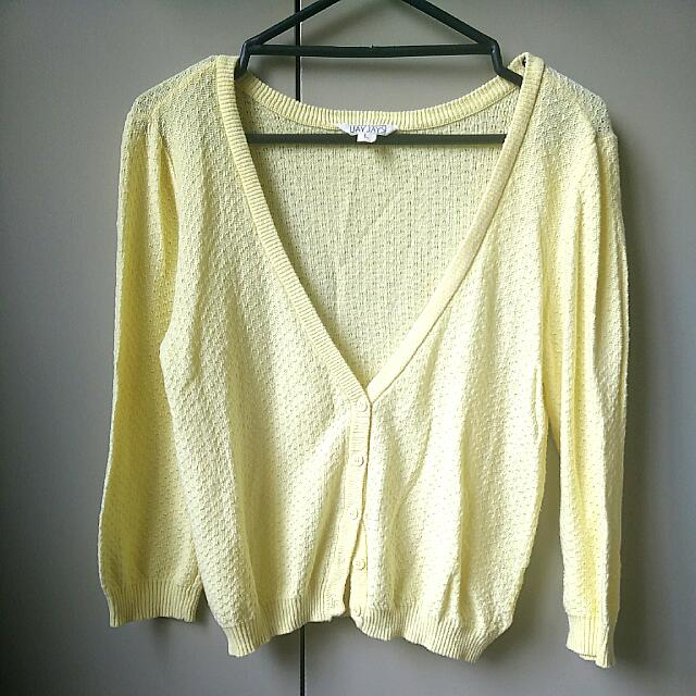 JayJays Cropped Cardigan (Size L)