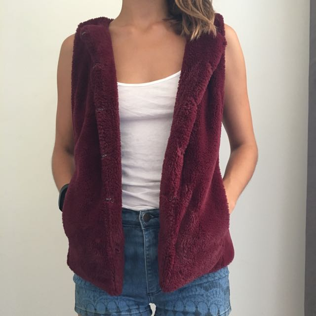 Julie And Deen Pinky Red Faux Furr Vest