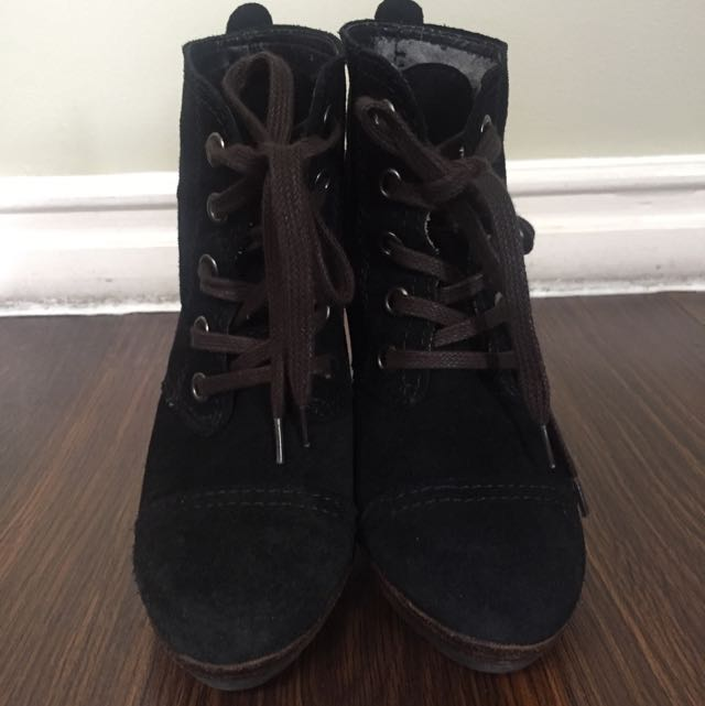 MANGO Original Leather Boots With Heels Size 6.5