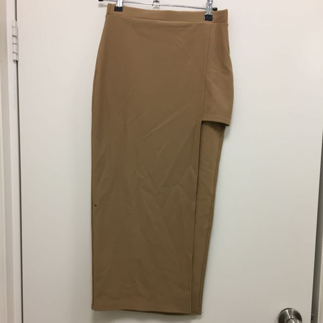 Midi Caramel Skirt With Slit In Thigh