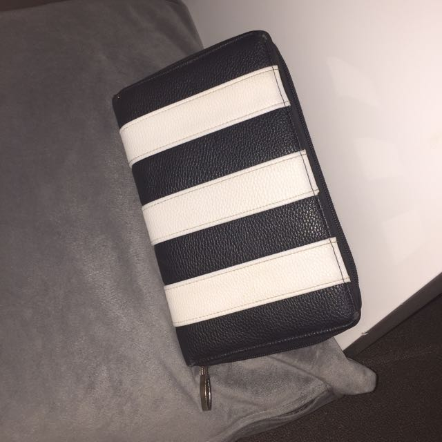 Oversized Wallet