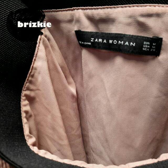 PRE💚 ZARA Pleats Skirt