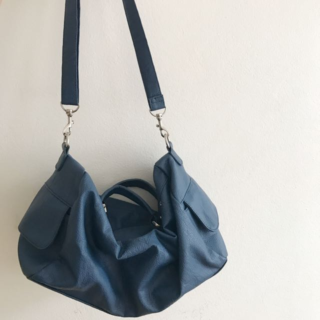 Roxy Bags/ Duffle Style