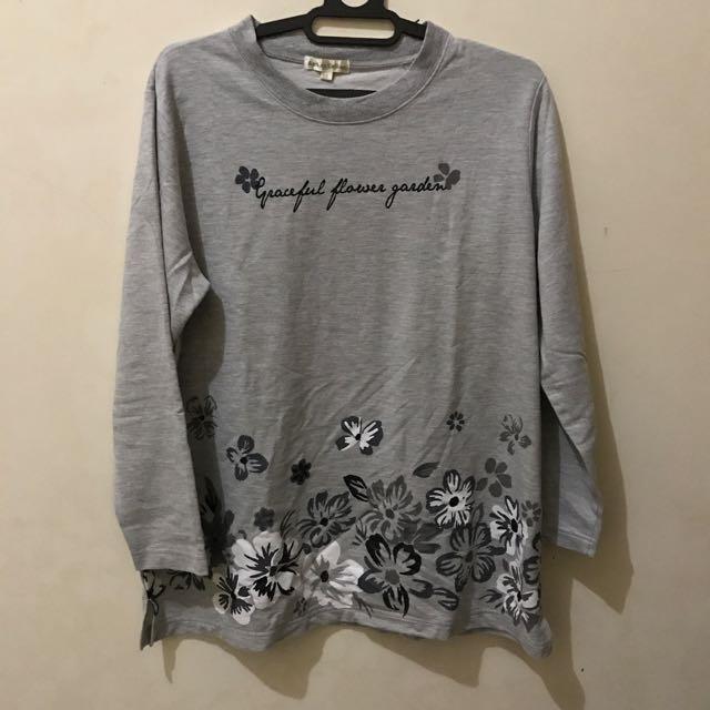 Sweater Grey Butterfly