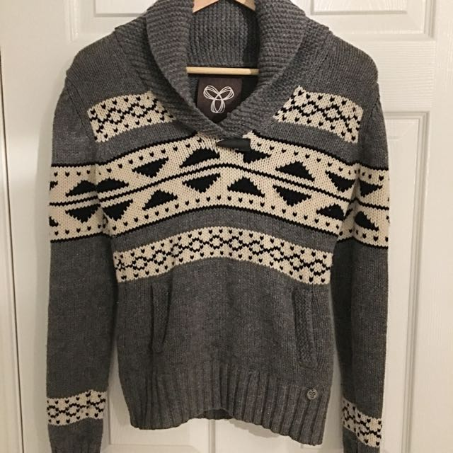 TNA Lambswool Sweater