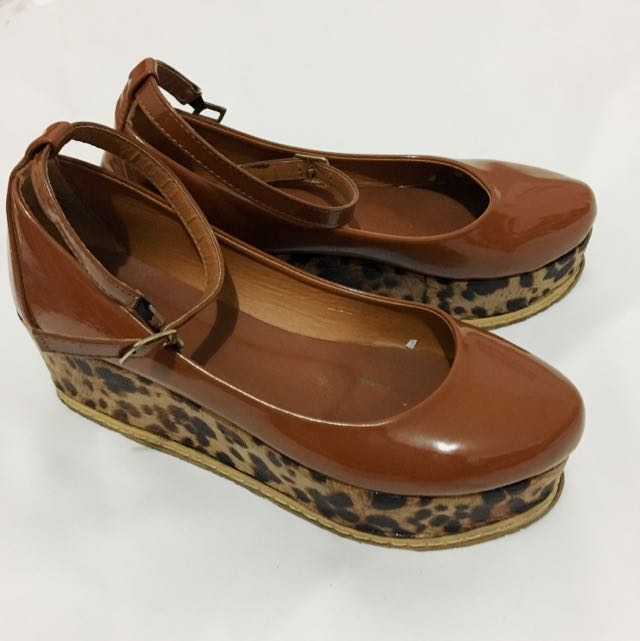 WEDGES MACAN