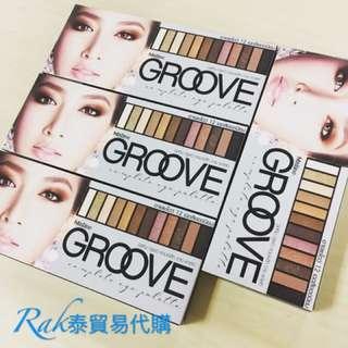 ★Rak泰★泰國mistine 新品 GROOVE 一盒12色裸妝大地色眼影盤 (可當眼影-可當眉粉-可當眼線黑粉) 多功能