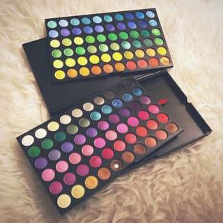 120 Eyeshadow Palette (with MAC Logo)