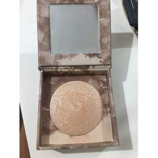 Urban decay highlighter- Luminous