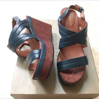Wedges By Linea