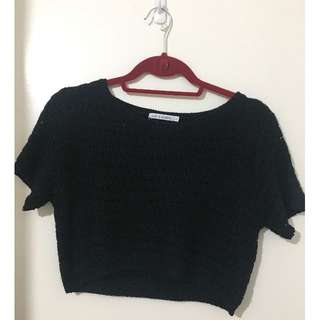 Black knit crop top