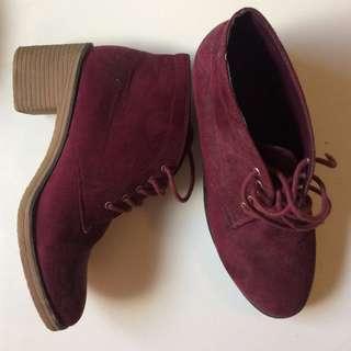 Maroon dark red/purple heel boots