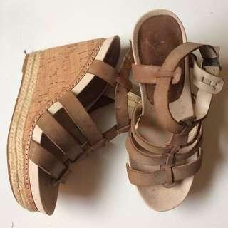 Wittner wedge brown leather heels