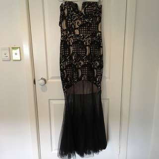 Size 14 Maxi dress With Fishnet Fishtail